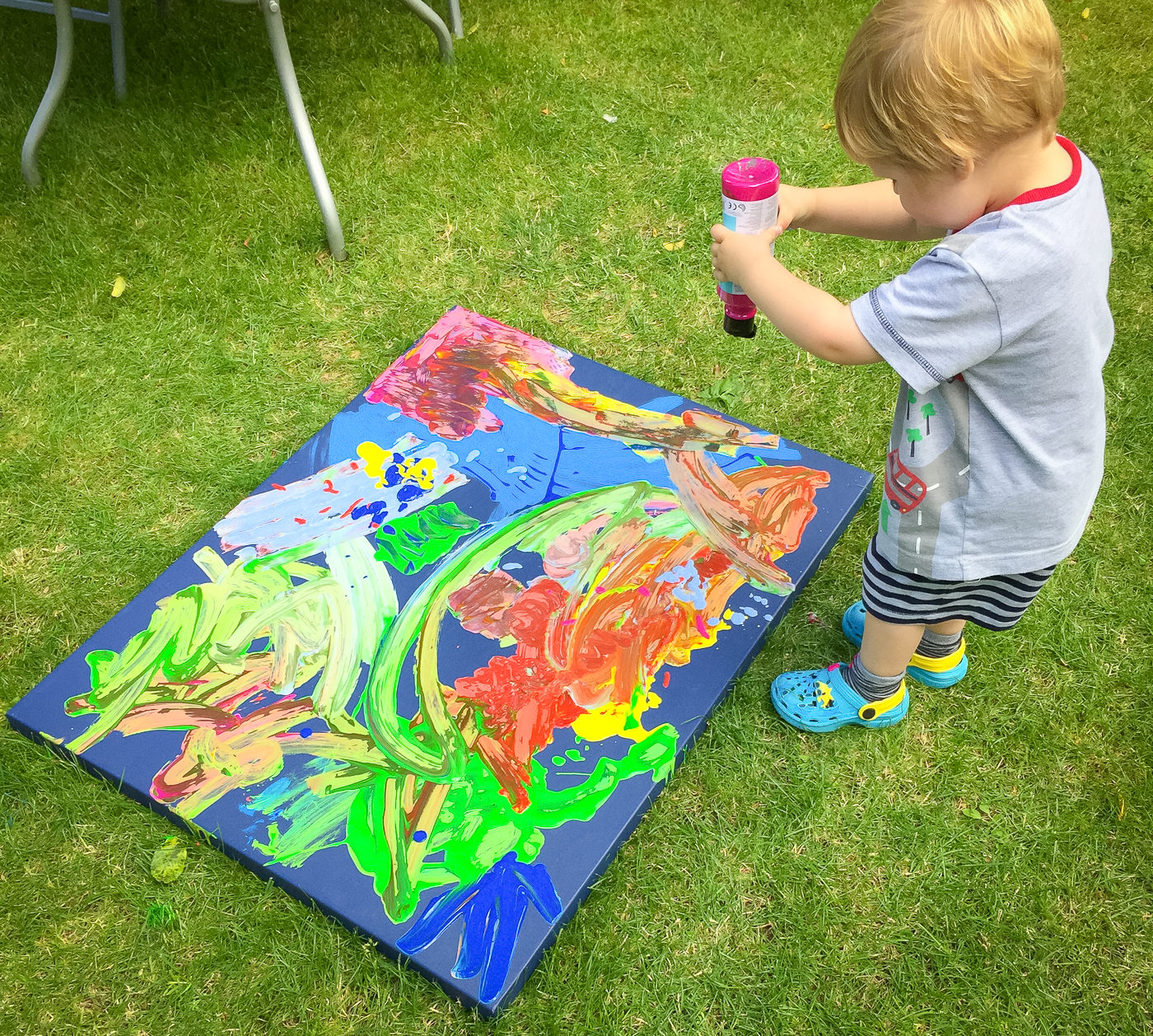july-canvas-art-with-a-toddler-26