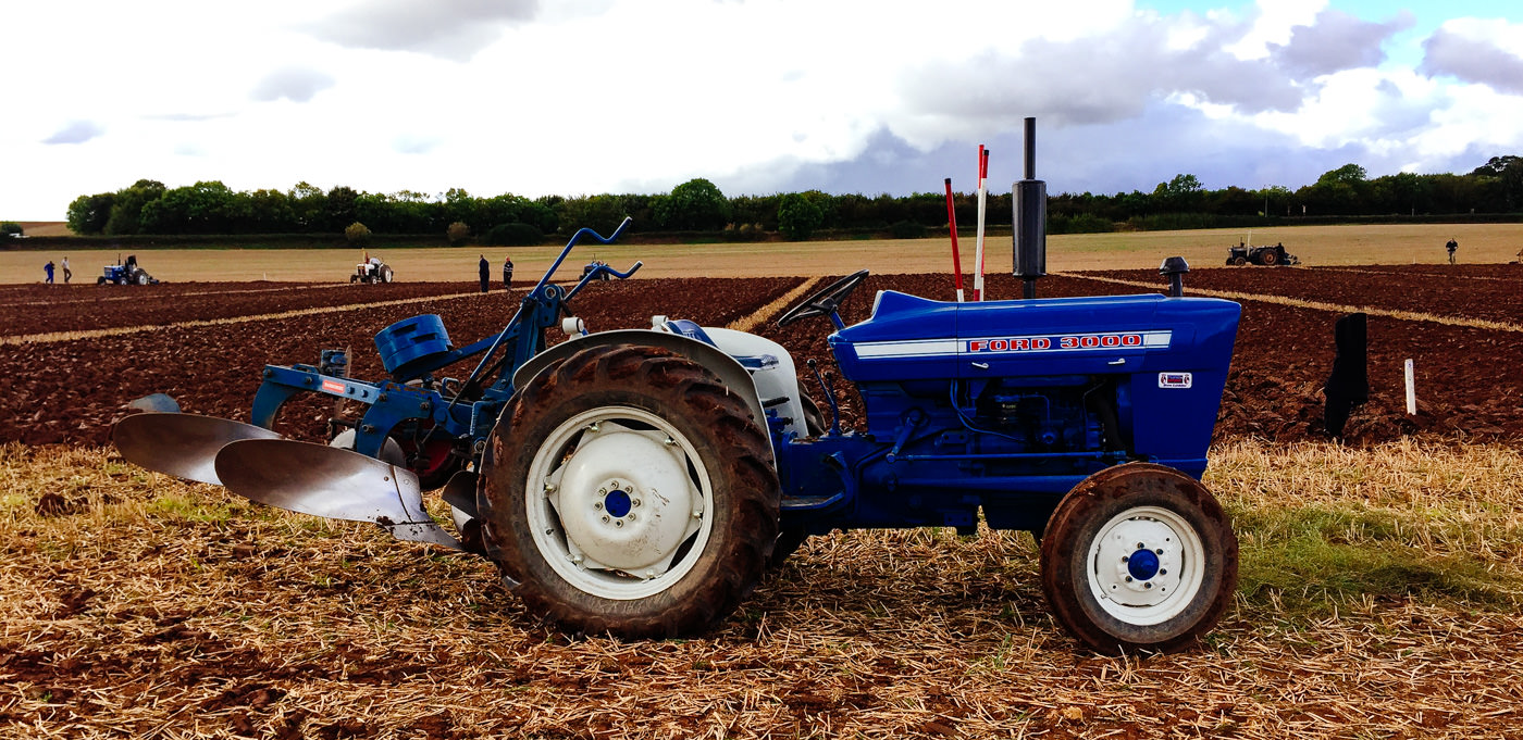 october-tractor-plough-racing-towton-5